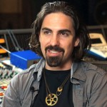 Bear McCreary en Welcome Home