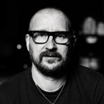 Clint Mansell en Warning