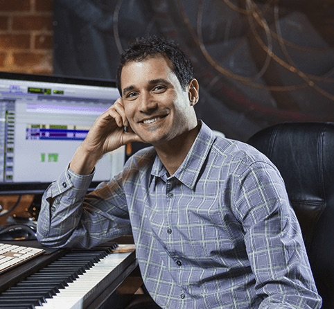 Ramin Djawadi para la comedia de acción The Man from Toronto
