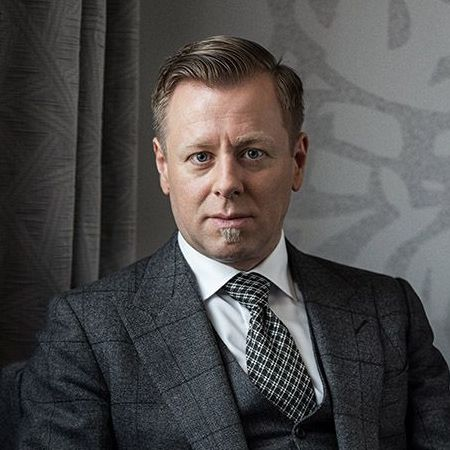 Abel Korzeniowski para el drama Ironbark