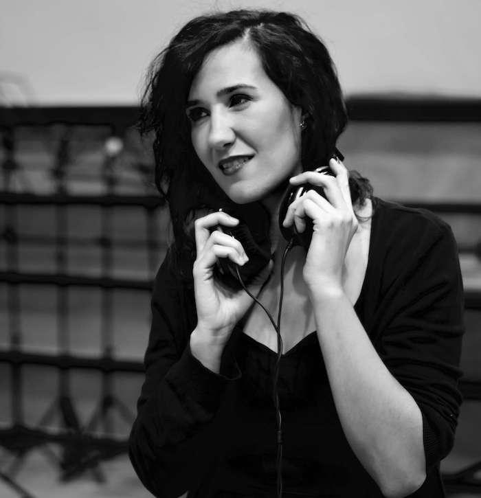 Isabel Royán para la comedia Alegría